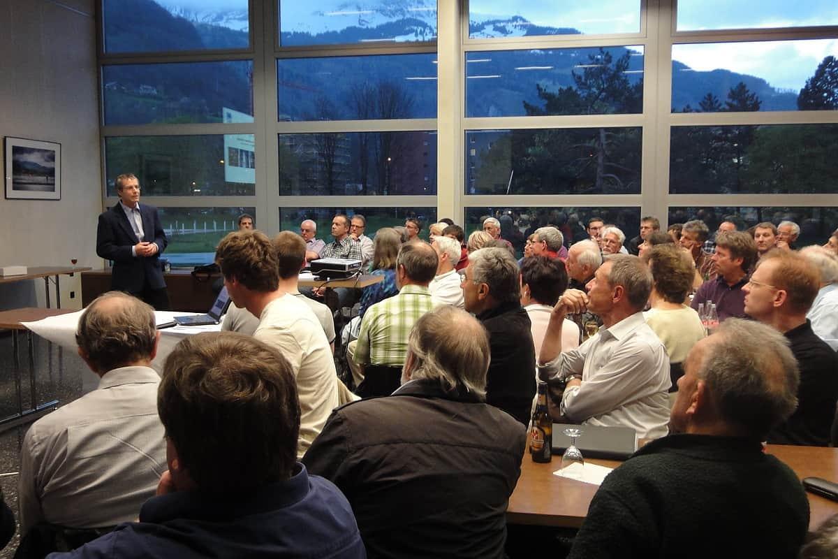 Begrüssung durch Jürg Rohrer, Präsident Energieallianz Glarus