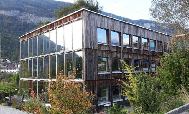 Bürohaus Gasser in Haldenstein: SIA-Preis für nachhaltiges Bauen und europäischer Solarpreis